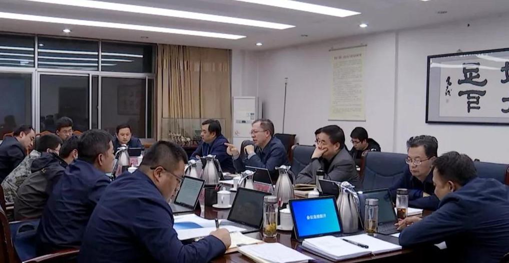 十五届县委召开第六十一次常委会会议